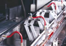 Boquillas proyectoras de aire en máquina encuadernación